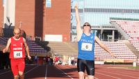 Jani Töyrylä juoksi kultaa down-urheilijoiden EM-kilpailuissa Tampereella.