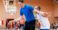 Elinsiirron saaneiden MM-kilpailut: Uutuuslaji koripallo miellytti suomalaispelaajia.