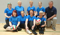 Suomen naiset tavoittelevat paikkaa mitalipeleihin istumalentopallon EM-kisoissa.