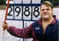 Keihäänheiton paralympiavoittaja Mikael Saleva on kuollut.