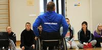 Vammaisurheilun ja -liikunnan ohjaajakoulutuksia ympäri Suomea.