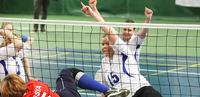 Suomi taipui Euroopan ykkösmaan käsittelyssä naisten istumalentopallon EM-kilpailuissa.