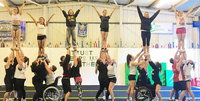 Cheerleading-seura Golden Spirit aloittaa ParaCheer-toiminnan Helsingissä.