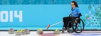 Suomi kamppailee keskiviikkona paikasta MM-pyörätuolicurlingin mitalipeleihin.