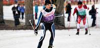 Special Olympics: Hiihtoviestinelikon suksi luisti hopealle saakka.
