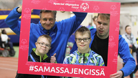 Näyttelijä Huittisista ja rokkimies Vetelistä kisasivat Junior Games -syyskisoissa.