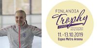 Finlandia Trophy: Elina Salminen nauttii luistelupuvun, kampauksen, musiikin ja tanssin yhdistelmästä.