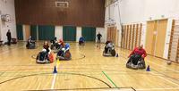 Onnistuneen kokeilutapahtuman jälkeen Tampereen oma pyörätuolirugbyjoukkue on askeleen lähempänä toteutumista.