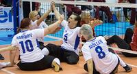 Suomen naiset selviytyivät istumalentopallon MM-kisoihin.