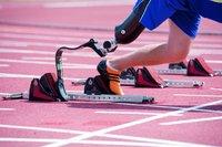 Suomalainen apuvälineteknikko Rion 2016 paralympialaisten tekniseen tiimiin.