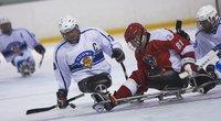 Suomen kelkkajääkiekkoilijat isännöivät Kiinaa ja Australiaa C-sarjan MM-kilpailuissa Vierumäellä.
